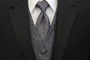 Pittsburgh area tuxedo rental fitting and delivery